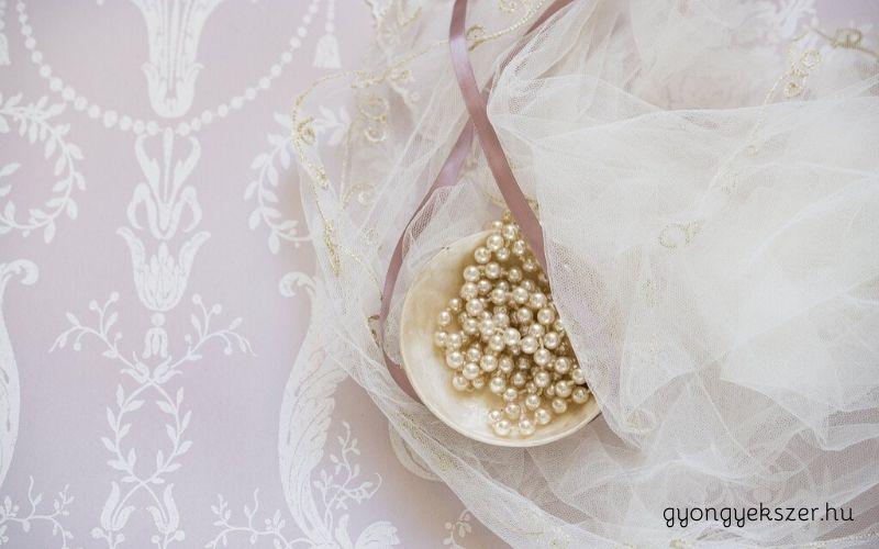 Esküvői ékszerek gyöngyből